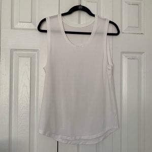 Fabletics White Muscle Tank Top S Rayna